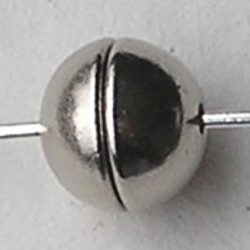 Magneetsluiting. Bolletje. 6mm. Zilverkleurig. Niet voor mensen met pacemaker