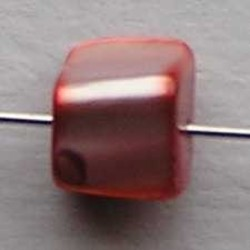 Schelpkraal. +/-8mm. Koraalrood Parelmoer.