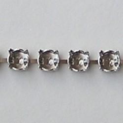 Armband Kastjes. Zilverkleurig. voor ss39 Swarovskisteen. Hoogwaardige kwaliteit. 1 kastje=1cm. per kastje.