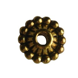 Metalen spacer. Bewerkt. 2mm rijggat. Goudkleurig. 5x10mm.