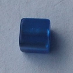 Polaris Bead Square. Shiny 8x8mm. Sapphire.