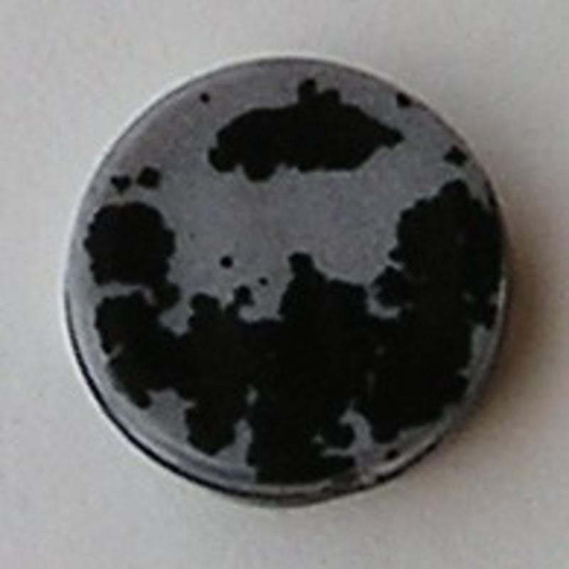 Acrylkraal. 18mm. Rond Plat. Zilver/Zwart.