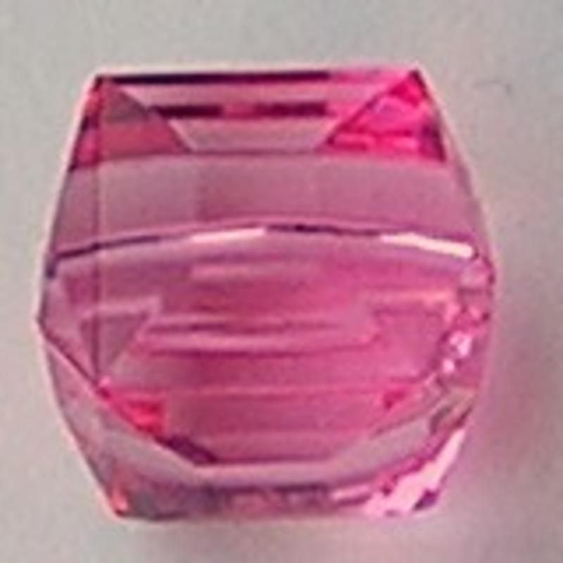 Acrylkraal. Pink. Facet Kubus. 15x17mm.