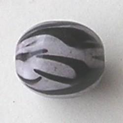 Kunststof Kraal. Ovaal. Black and White. 16x20mm.