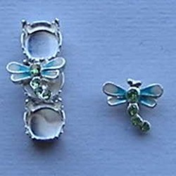 Bling Thing. Libelle. 10x12mm. Creme Aqua met Peridot Strass.