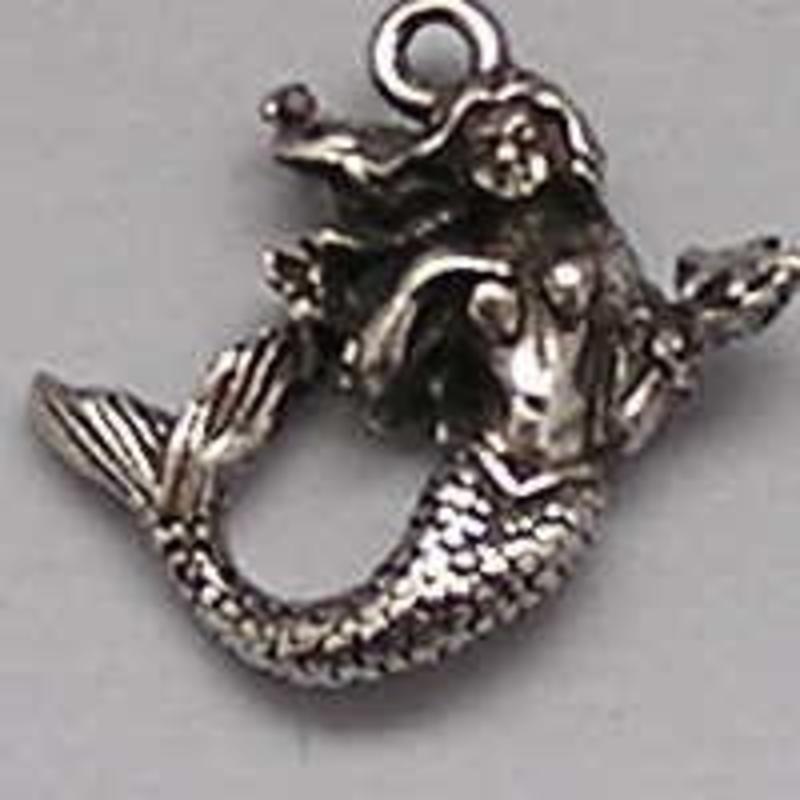 Charm Mermaid. 18x18mm.