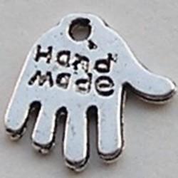 Labeltje Handmade. 11x12mm. Zilverkleurig.
