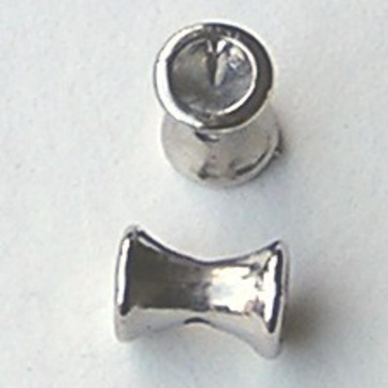 Diabolo. 7x10mm. Kraal Zilverkleurig voor 2 x 4mm similipuntsteen.