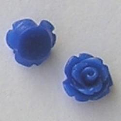 Kunststof roosje met platte onderkant. Kobaltblauw. 10mm. Leuk als cabochon te gebruiken.