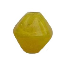 Glass bead. 10mm. Pyramide. Yellow