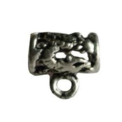 Metalen kraal met oog. 13x15mm. Groot rijggat Zilverkleurig.
