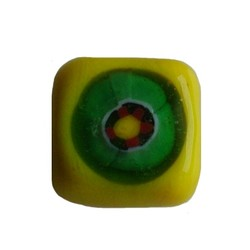 Glass bead fantasy yellow square flat 13mm.