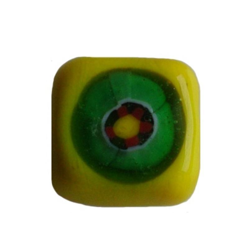 Glaskraal fantasie geel vierkant plat 13mm.