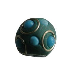 Kashmiribead. 15mm. Aqua with big hole.
