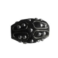 Kashmiribead 13x22mm. Zwart zilver met groot gat.