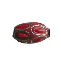 Kashmiribead 13x22mm. Rood zilver met groot gat. Ovaal