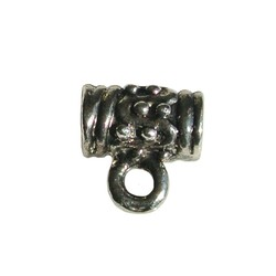 Metalen kraal met oog. 10mm. Groot rijggat Zilverkleurig.