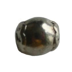 Metalen kraal tubevormig glad. 8x10mm. Zilverkleurig.