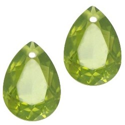 Facetgelepen drop-shaped pendant 10x14mm Olivine Green