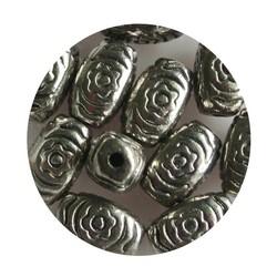 Metalen kraal ovaal 7x13mm Zilverkleurig.