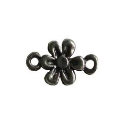 Metalen tussenzetsel bloem 10x18mm Zilverkleurig.