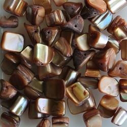 Schelpkralen 5-12mm Brown 50 stuks voor