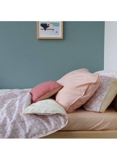 Camomile London Fitted Sheets - Solid Peach Puff - Keiko Base