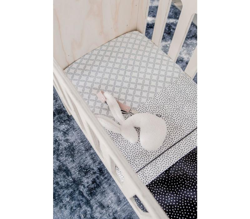 Toddler bed sheet cozy dots offwhite