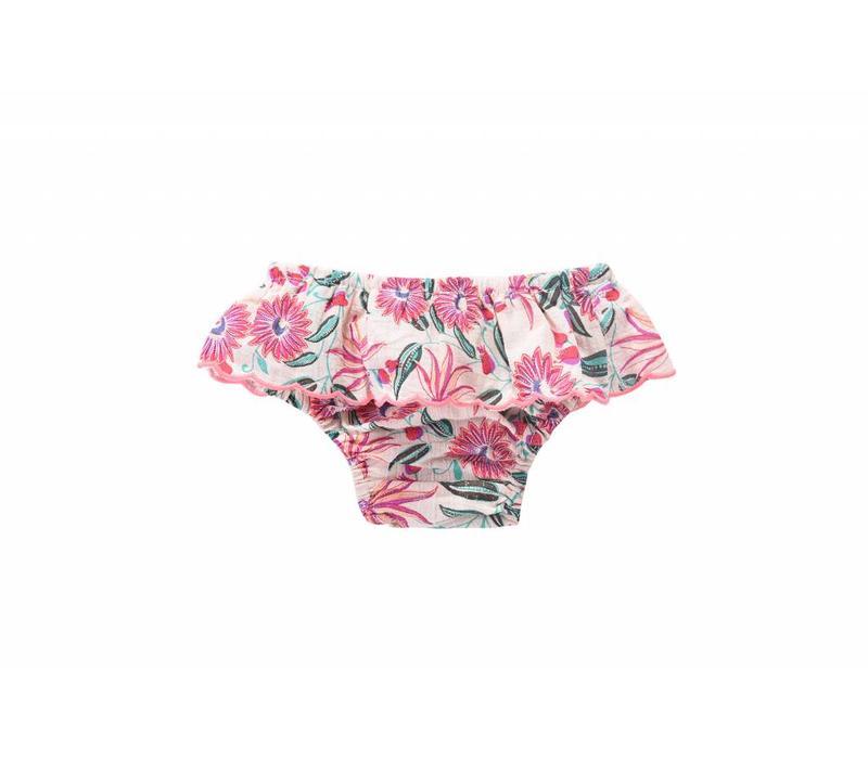 Bikini Bluna, white flower