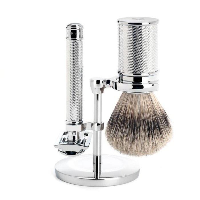 - Shaving Set (deluxe giftset) - Silvertip Brush, Mach3 Razor & Holder