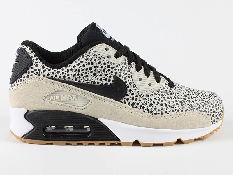 nike air max 90 black and white