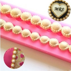 Pearls with rhinestone edge 31x4cm 9/14mm