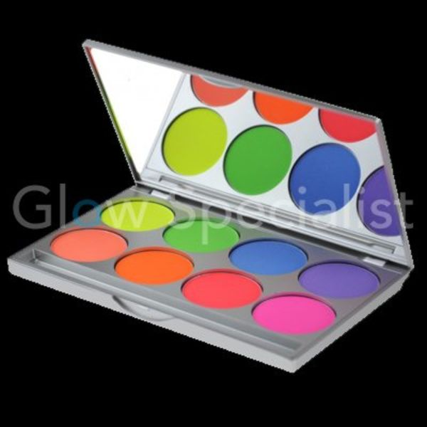 Kryolan UV Dayglow Compact Color palette with 8 colors