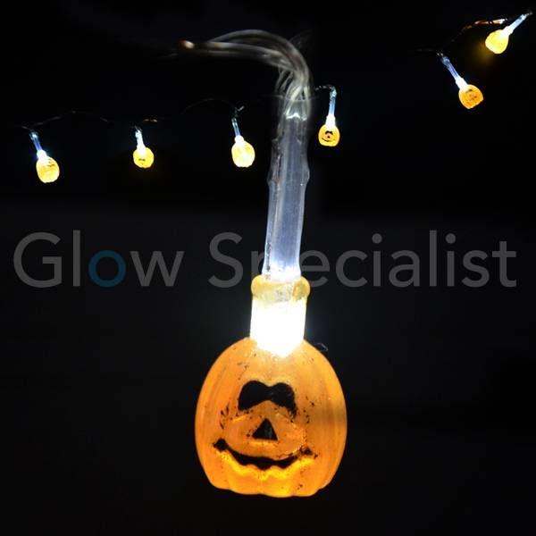 HALLOWEEN LED LICHTKETTING MET 10 LAMPJES - KLEINE POMPOEN