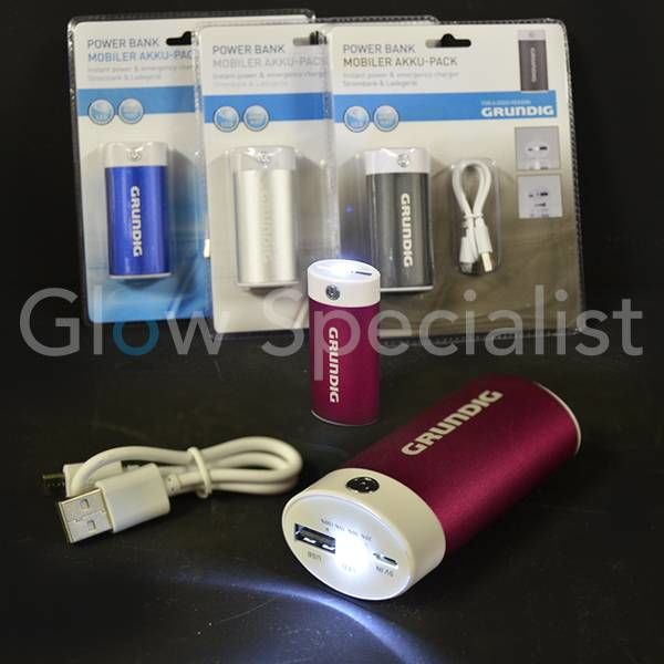 GRUNDIG POWER BANK 4000 mAh - WITH TORCH FEATURE