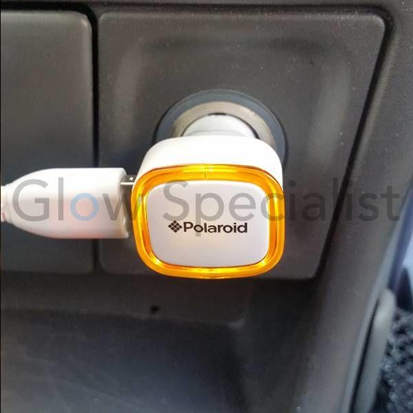 LICHTGEVENDE DUBBELE USB-AUTOLADER