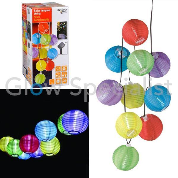 SOLAR LAMPIONSNOER MET 10 GEKLEURDE LED LAMPIONNETJES