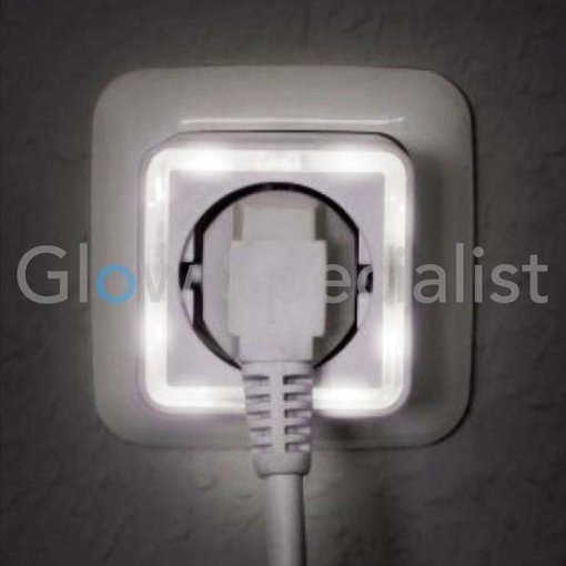 Grundig LED NIGHTLIGHT WITH SENSOR - 4 LED - WITH 230V SOCKET