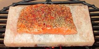 Het Salt Plancha geeft je zalm een heerlijke smaak