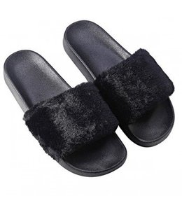 Furry Slides Black
