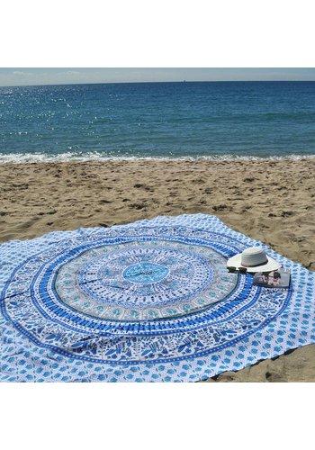 Lola Nomada Wanderlusting Summer Beach Throw