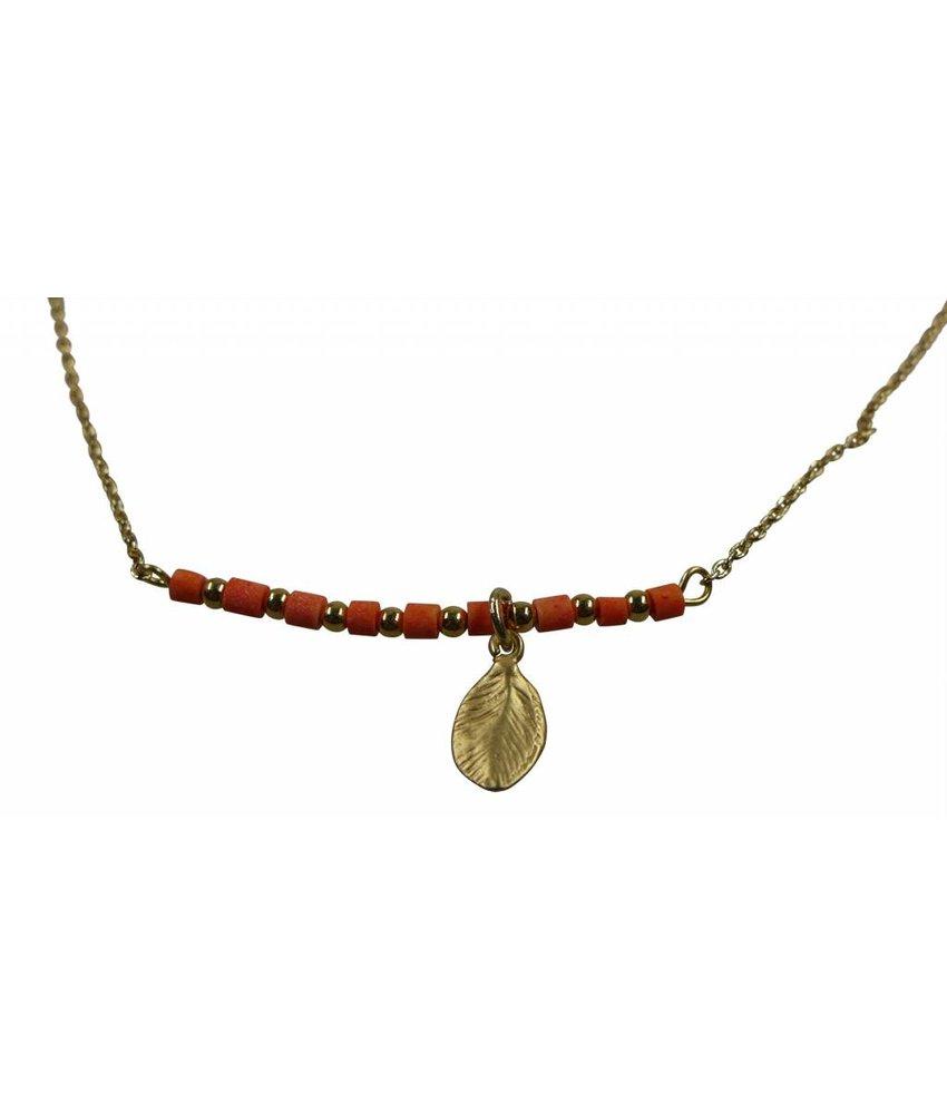 Collier Pastell rot mit goldenen Blatt