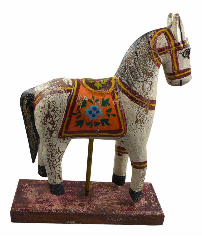 Pferde auf Sockel