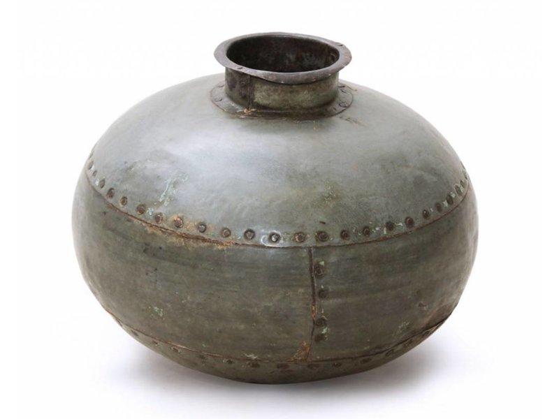 JONES-ANTIQUES Altes Eisengefäß aus Nordindien, sehr dekorativ, für Trockenblumen oder als reine Deko geeignet.