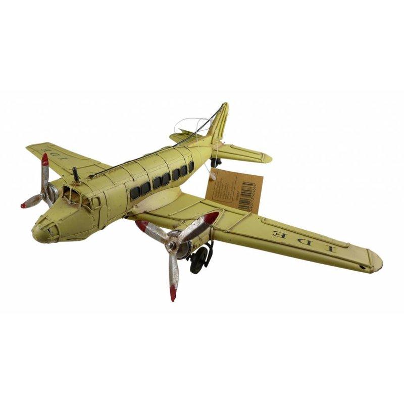 Passagierflugzeug gelb