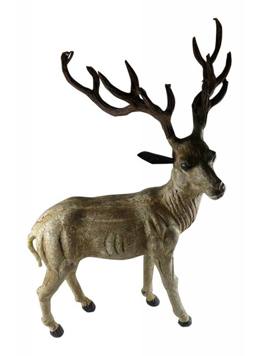 Stehender Hirsch aus Pappmaché