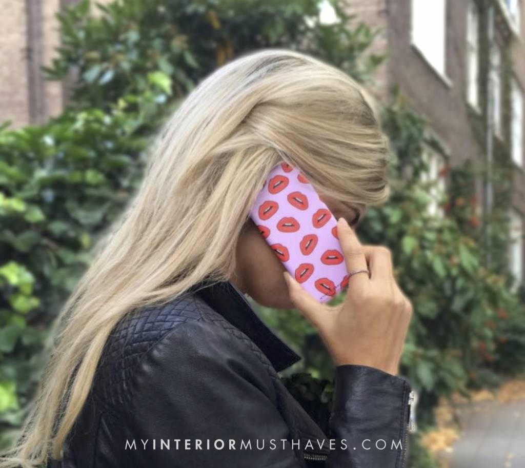 KISS KISS - MIM