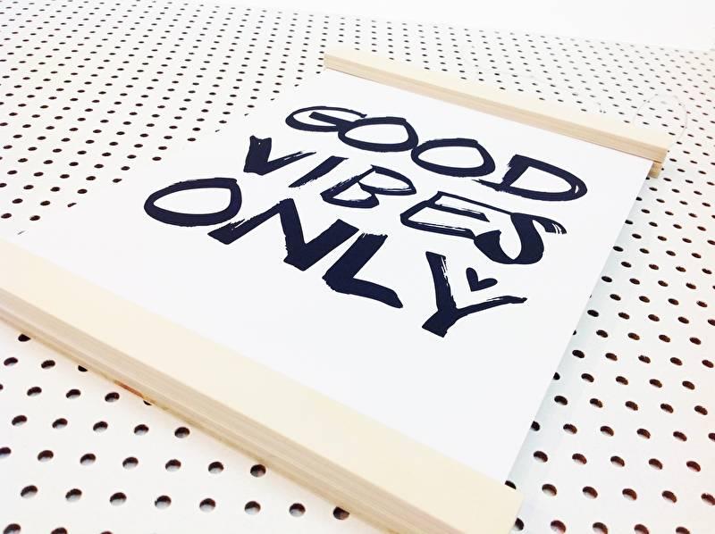 DIY houten posterhanger