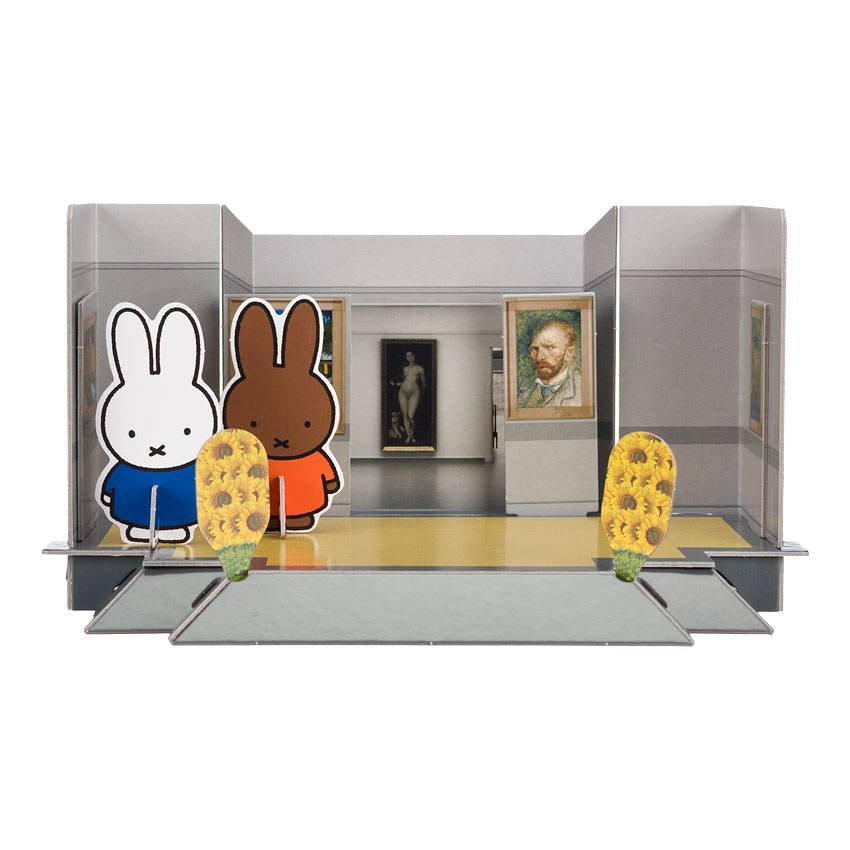 Bouwplaat 'Nijntje in het Kröller-Müller Museum'