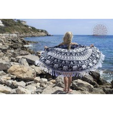Call it Fouta! Roundie Gypsy black and white